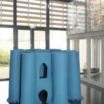 LaureTixier_Plaid House, 2008, feutre bleu de prusse,  230 x 230 x 160 cm , collection Mudam Luxembourg, photo © Remi Villaggi 2009