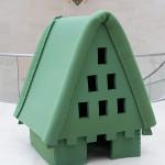 LaureTixier_Plaid House, 2008, feutre vert foncé,  120 x 125 x 150 cm, collection privée Luxembourg photo © Andres Lejona 2009